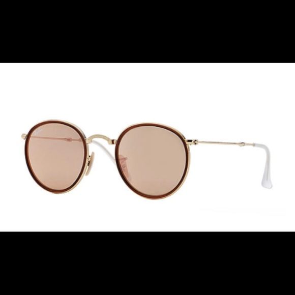 785a885a1b Ray-Ban Round Folding Rose Gold Flash Lenses. M 5a51beef5521be22ce046f43